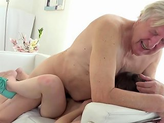 TNAFlix Porno - Old Goes Young Luna Rival Gets Fucked While She Vacuums The Rug Porn Videos