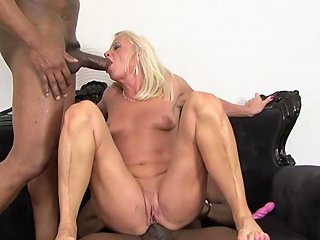 GotPorn Porno - Mature Drilled By Black Guys Hardcore Interracial Anal