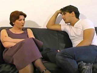 XHamster Porno - Vieille Femme Au Foyer Francaise Prise Par Grosse Bite