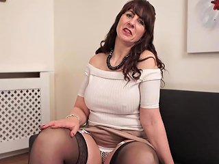 ZedPorn Porno - Mature Sweater Girl With Rock Hard Nipples Flashes Her Pussy At You