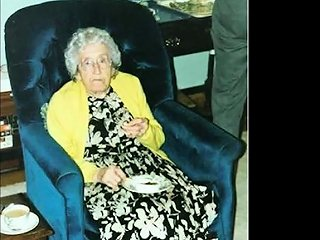 IcePorn Porno - Ilovegranny Extremely Old Grandma Photos Slideshow