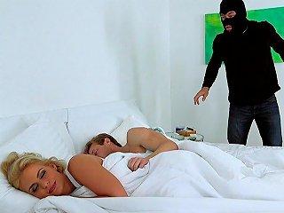 Beeg Porno - Banging The Burglar