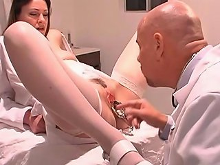 XHamster Porno - Doctor Inserts Speculum In Rosy Titted Nurse's Wide Open