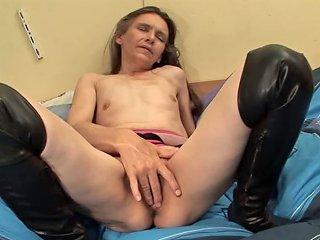 XHamster Porno - Ugly Bird But Realy Sexy Legs Free Girls Masturbating Porn Video