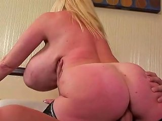 XHamster Porno - It Has A Big Butt And Huge Tits Free Hd Porn 01 Xhamster